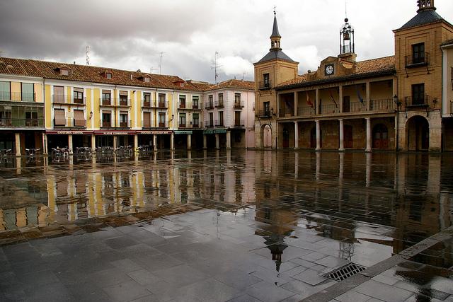 plaza mayor burgo osma