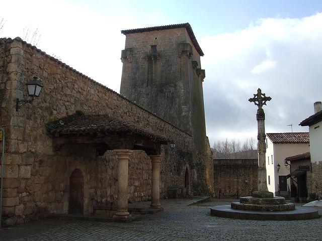 covarrubias monumentos