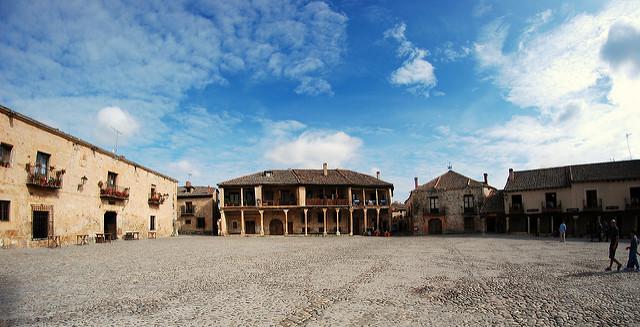 plaza mayor pedraza