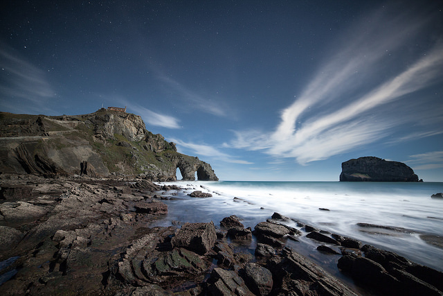 fotos rocas gaztelugatxe