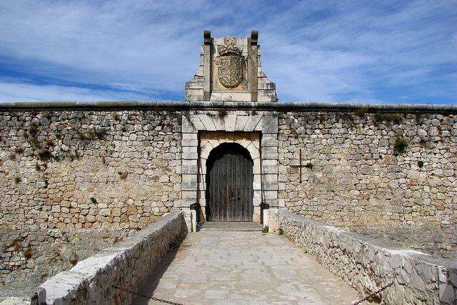 castillo chinchon entrada