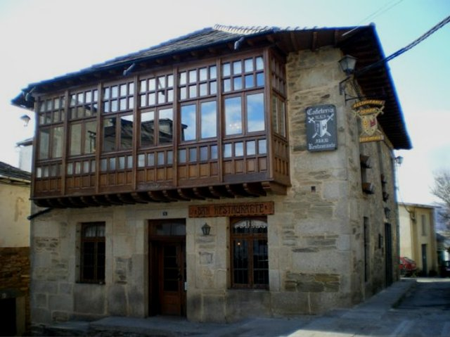 restaurante plaza armas