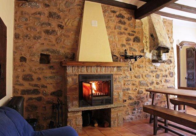 casa vilanova chimenea
