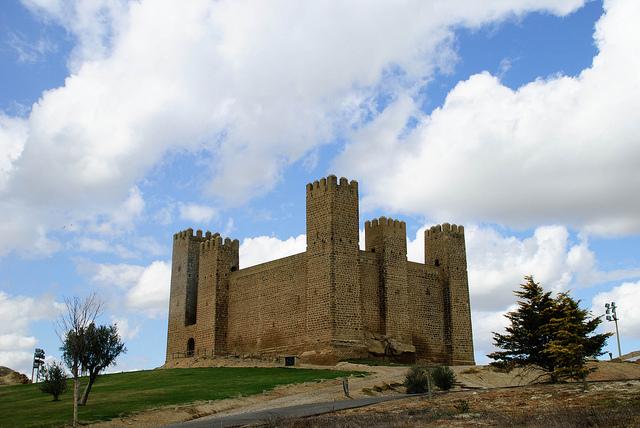 castillo sadaba