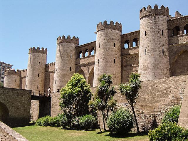 castillos aragon palacio aljaferia
