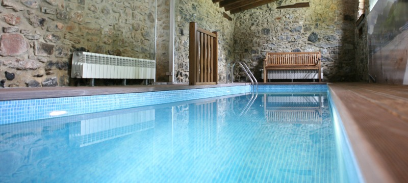 Un chapuz n en piscina climatizada un placer invernal - Camping con piscina climatizada en tarragona ...