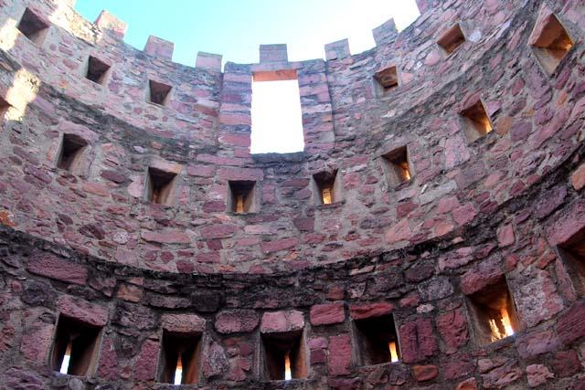 Interior del Castillo de Villafamés, Castillos de Castellon