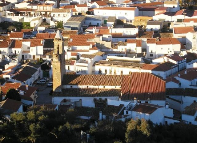 15 pueblos con encanto en sevilla sensaci n rural - Hosteria casa adriano alanis de la sierra sevilla ...