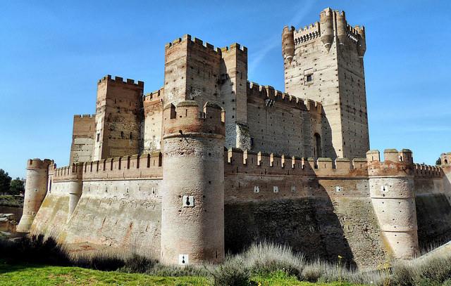 castillo-Valladolid-de-la-mota