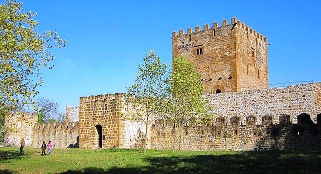 castillo muñatones