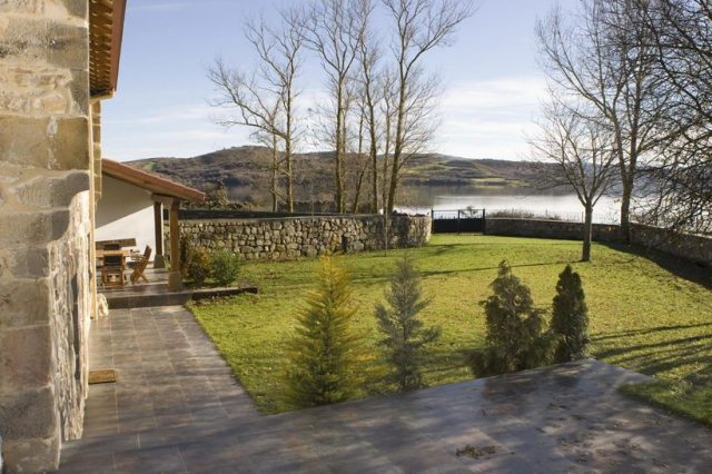entorno casa rural lago campoo