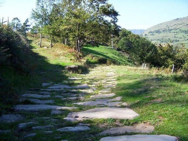 ruta cantabria calzada romana barcena pie concha