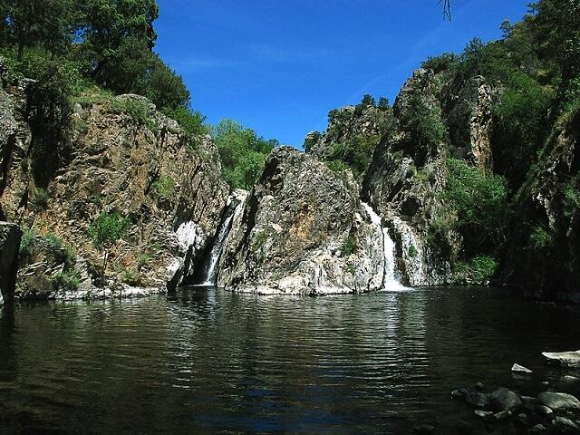 piscina natural madrid cascada hervidero