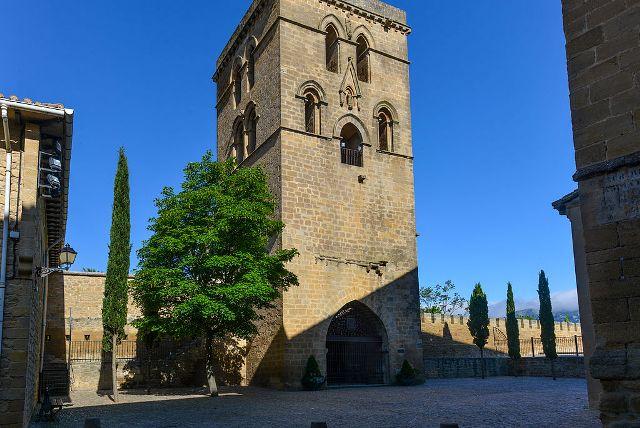 castillos-de-alava-torre-abacial-laguardia