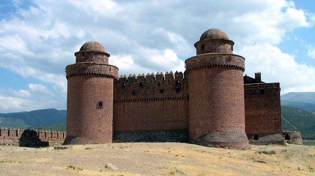 castillos-de-granada-la-calahorra