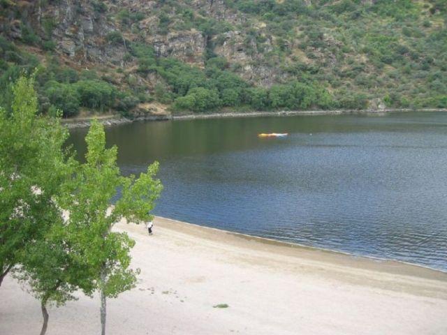 piscina-natural-aldeadavila-de-la-ribera-playa-del-rostro
