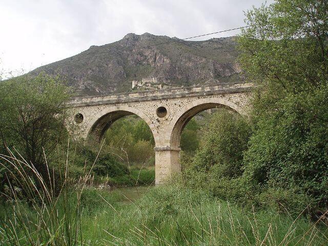 puente-lorcha