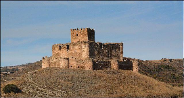 castillo-de-magana