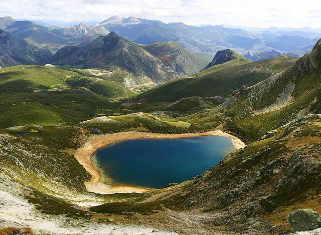 rutas lagos ausente isoba