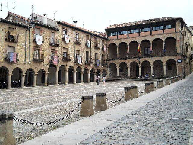 plaza mayor sigüenza
