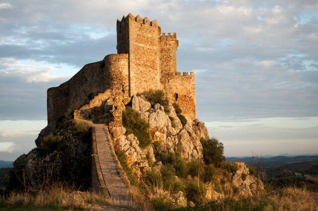 castillo-de-alburquerque