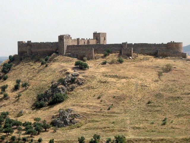 castillo-de-medellin