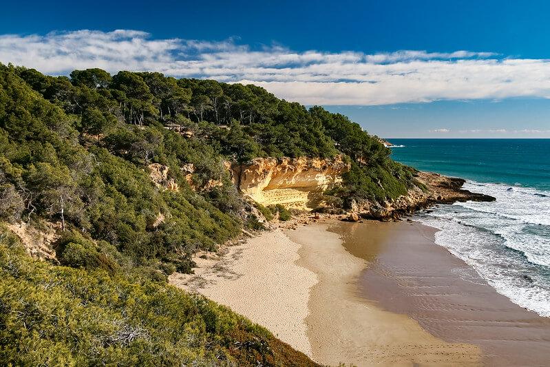 playas nudistas tarragona