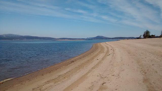 playa embalse ebro