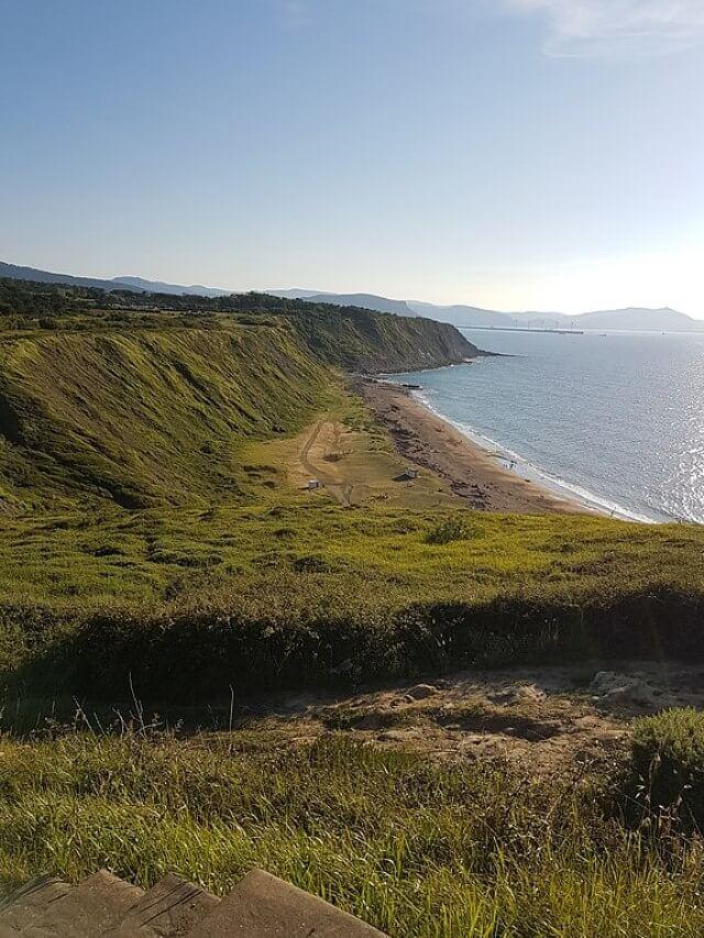 playa gorrondatxe vizcaya