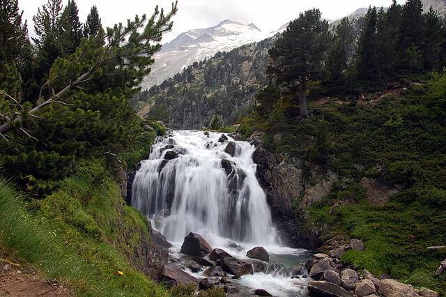 ruta senderismo cascada aigualluts huesca