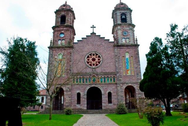 iglesia de santiago elizondo