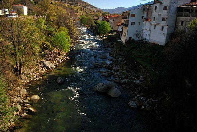 cabezuela valle casa rio