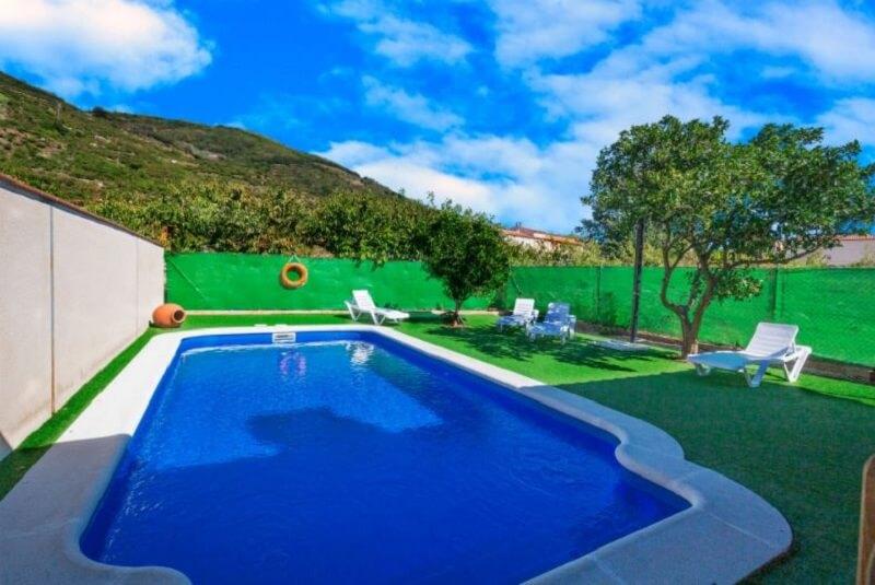 casa rio piscina