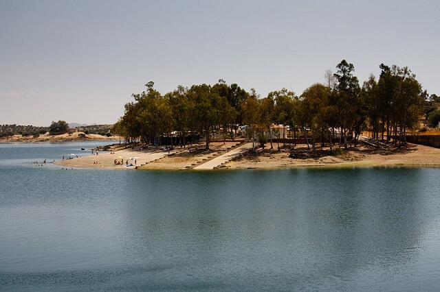 playas fluviales extremadura playa orellana