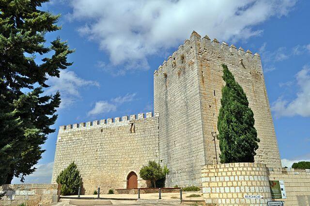 castillo palencia castillo monzon campos