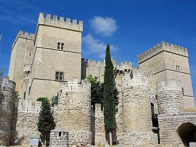 castillos palencia castillo ampudia
