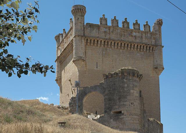 castillos palencia castillo belmonte campos